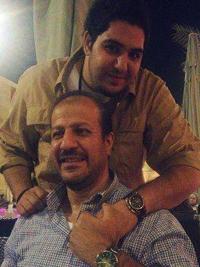 محمد بشار مع والده