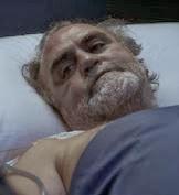 El padre hospitalario de Lleò fallece en 'Pulseras  Rojas'