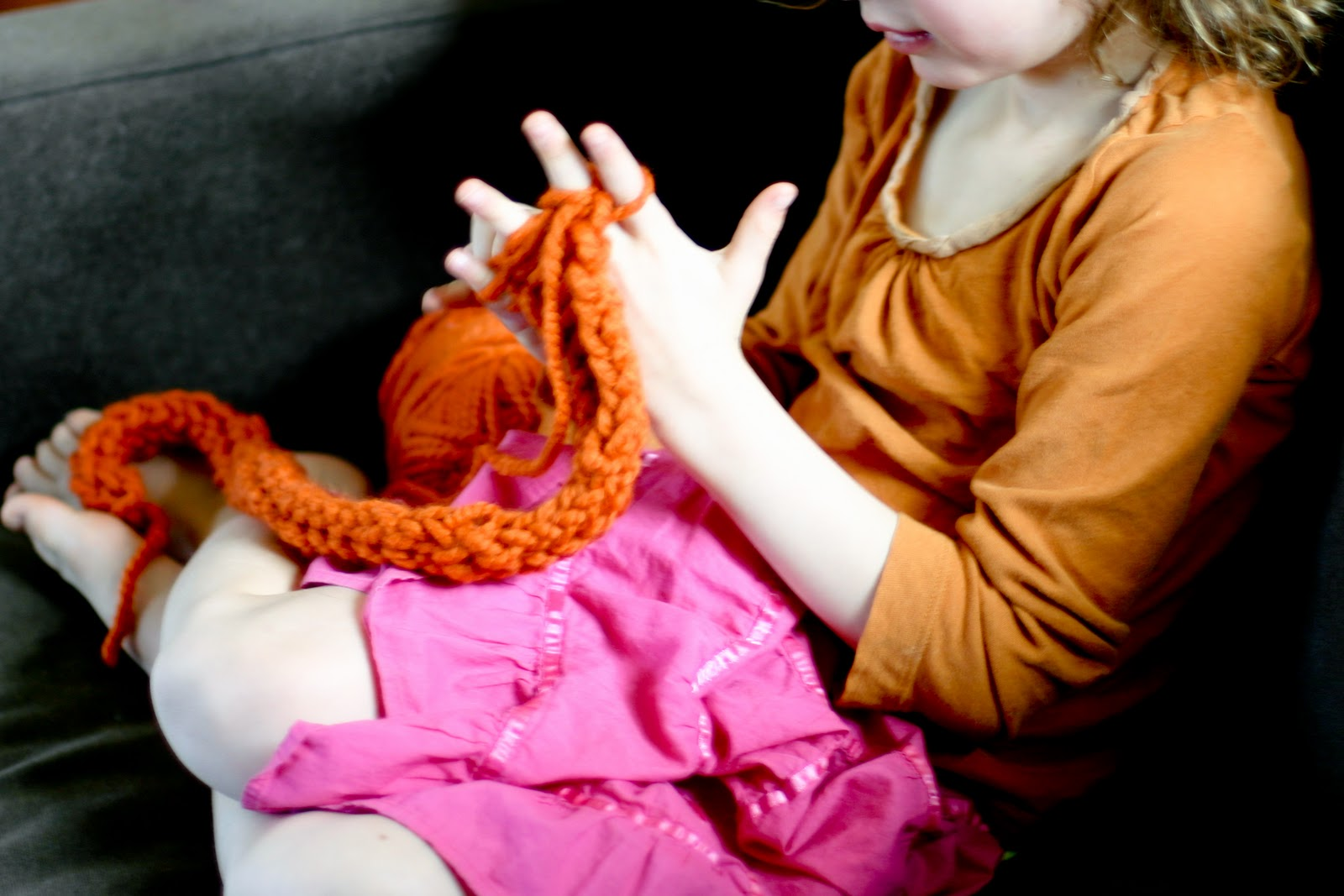 Finger Knitting For Kids : Finger knitting how to flax twine