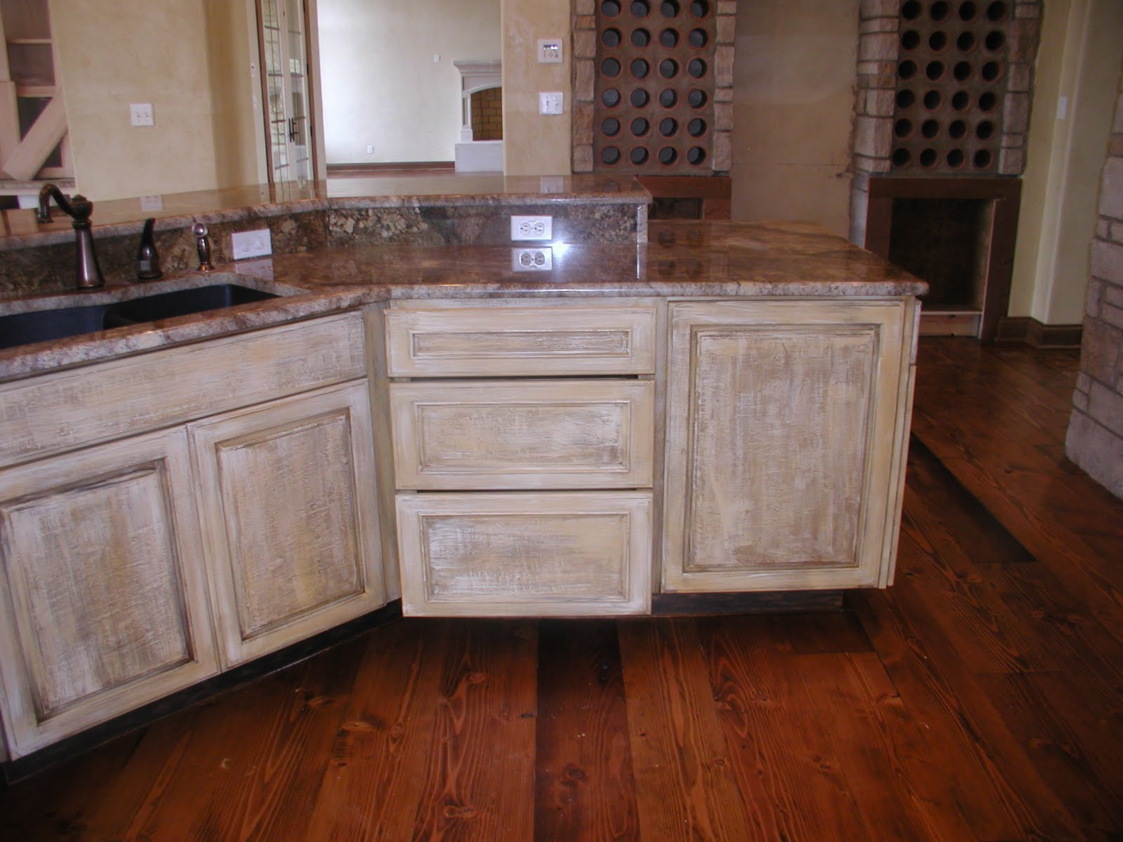 Transform your kitchen tuscan plaster for kitchen for Best brush for painting cabinets
