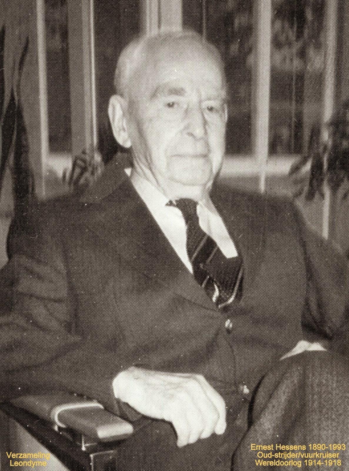 Oud-strijder en vuurkruiser Ernest Hessens uit Wereldoorlog I. Verzameling Leondyme.