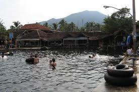 Wisata Alam;Pemandian Cikoromoy-Pandeglang