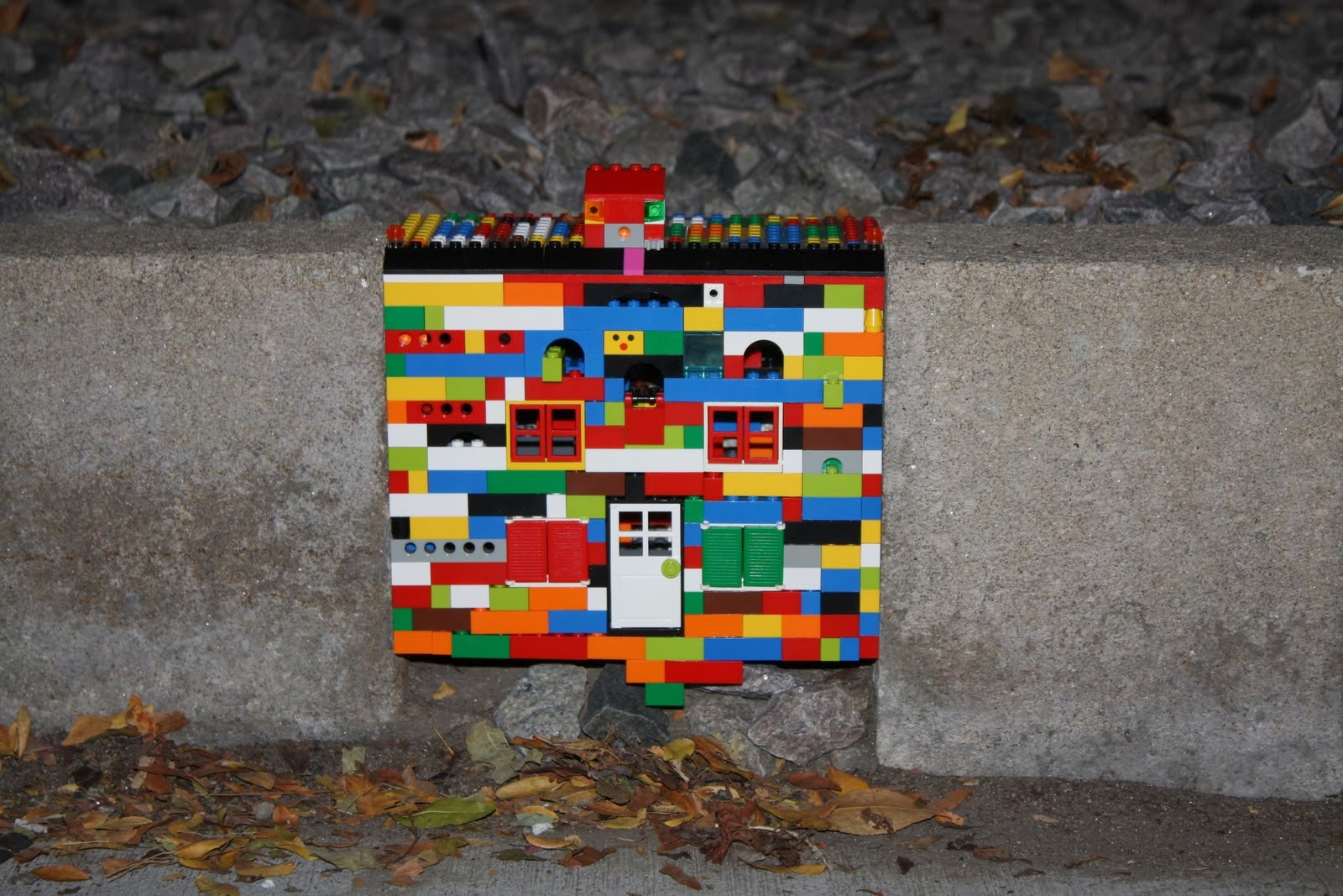 Jan Voorman Dispatchwork of Lego art