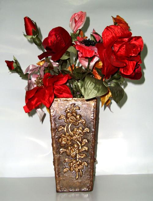 Handmade Flower Vase And Flowers Pratibha Art Craft