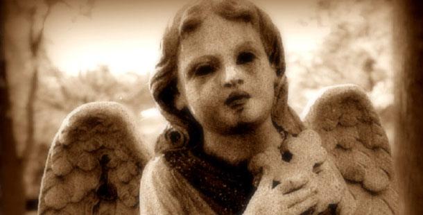 Φωτεινή δώδεκα χρόνων, γράφει η Βικτώρια Μακρή