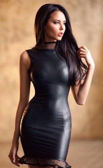 Super vestido preto