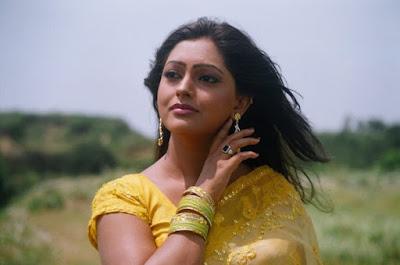 Images Of Bangladeshi Actress Famous Hot Bangla Garam