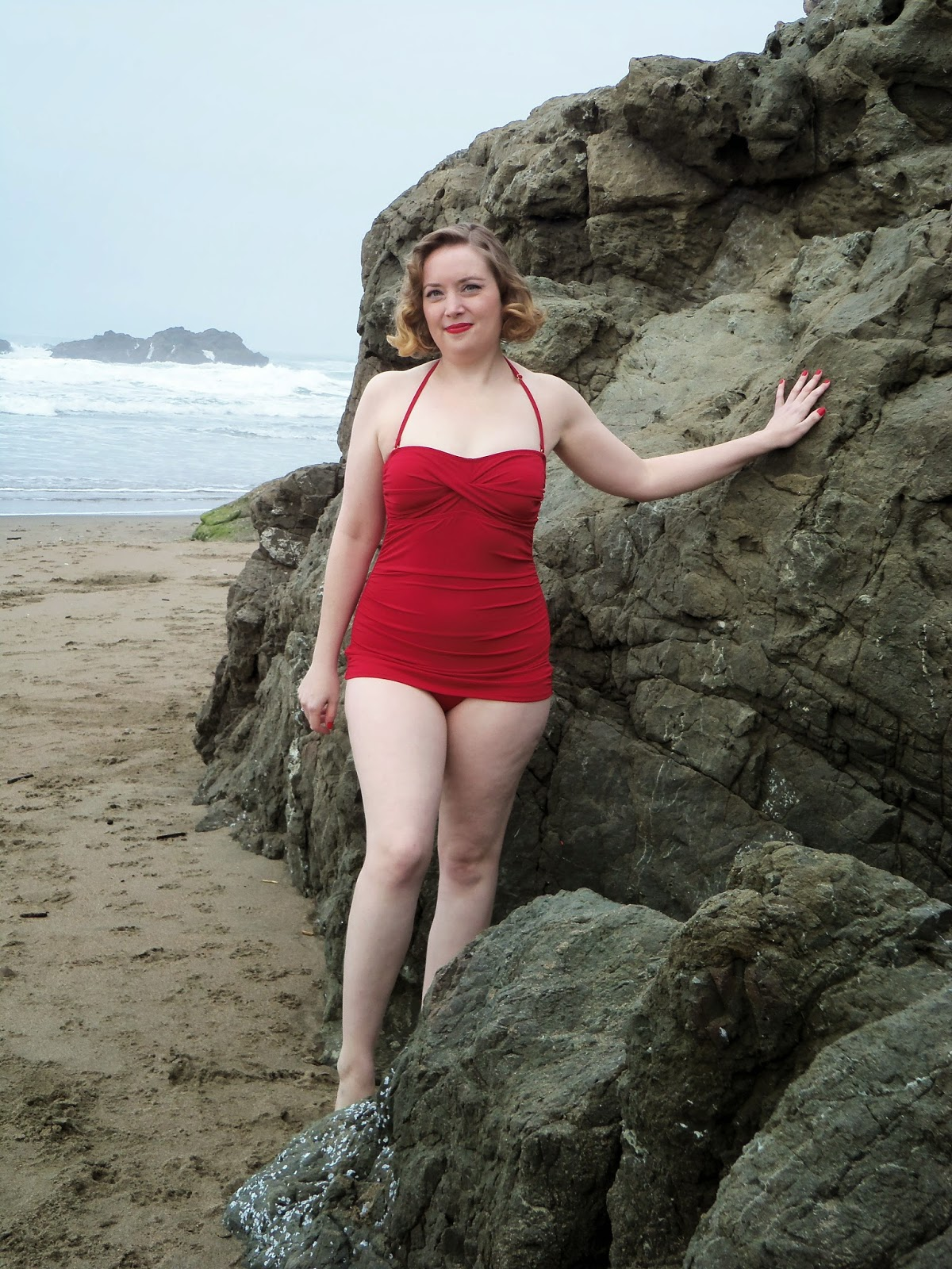 http://www.popinaswimwear.com/jantzen-vamp-maillot-bathing-suit-swimwear-c-61.html)