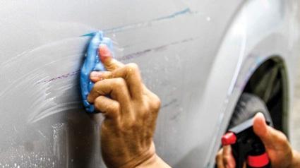 clay bisa untuk mengangkat cat pada permukaan bodi