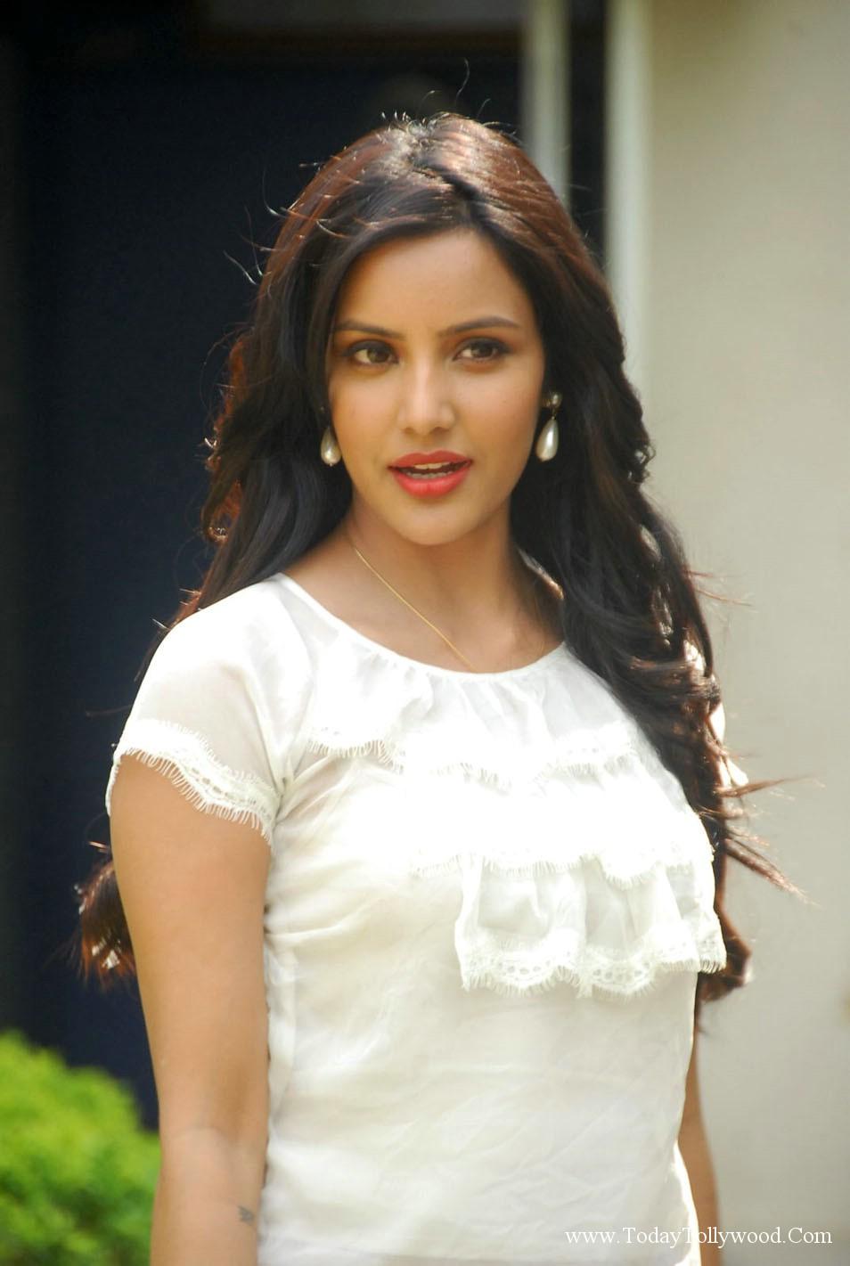 Priya Anand Hot Photos I Tollywood News