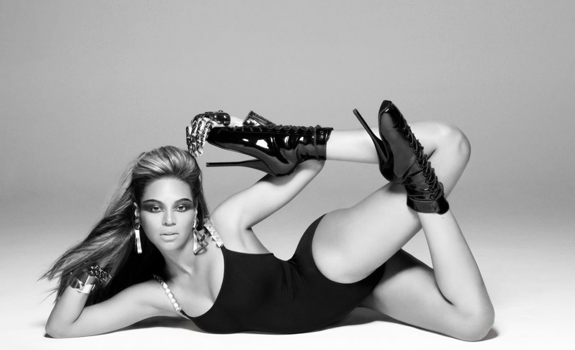 Fetish Inspirations : Beyonce In Fetish Ballet Pointe Heels Shoes