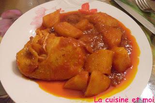 http://la-cuisine-et-moi.blogspot.fr/2012/02/pommes-de-terre-poulet-la-sauce-tomate.html