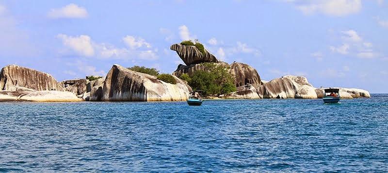 Image result for batu garuda belitung