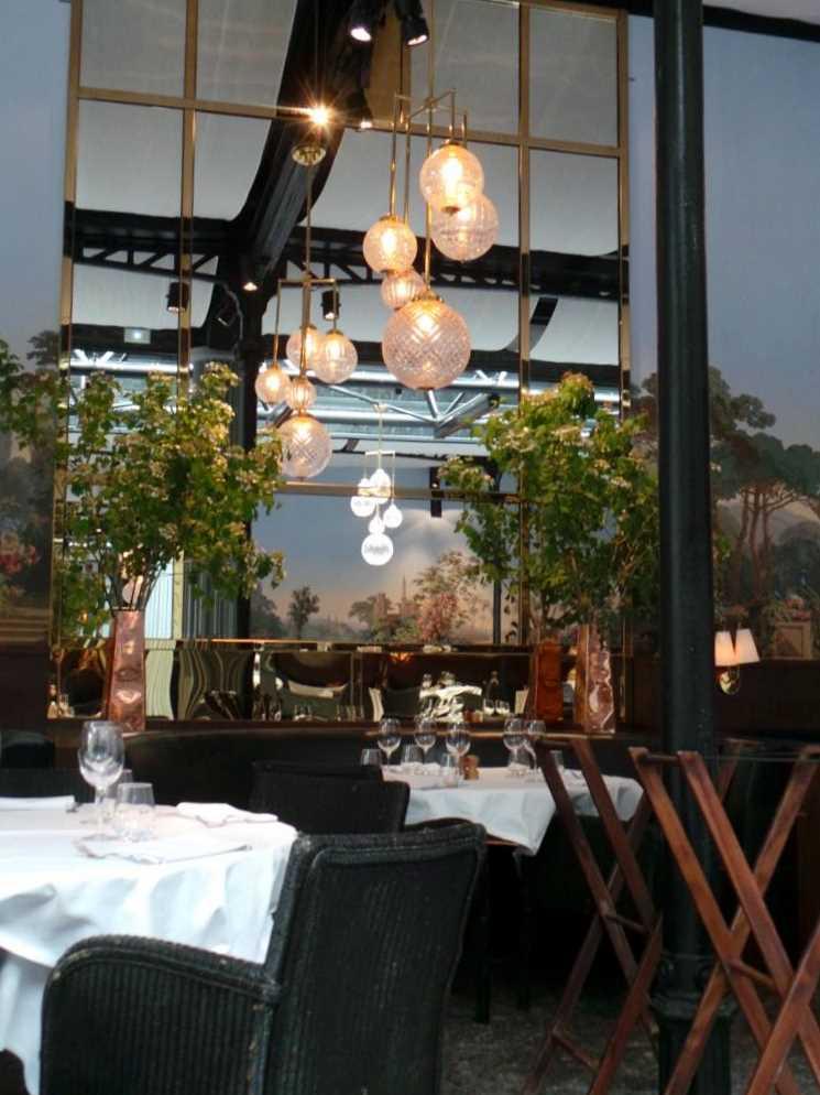 La gare un restaurant au charme atypique et d paysant for Restaurant atypique