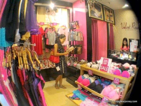 Velvet-Rose-Galleria