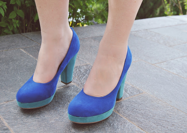 blue color block heels