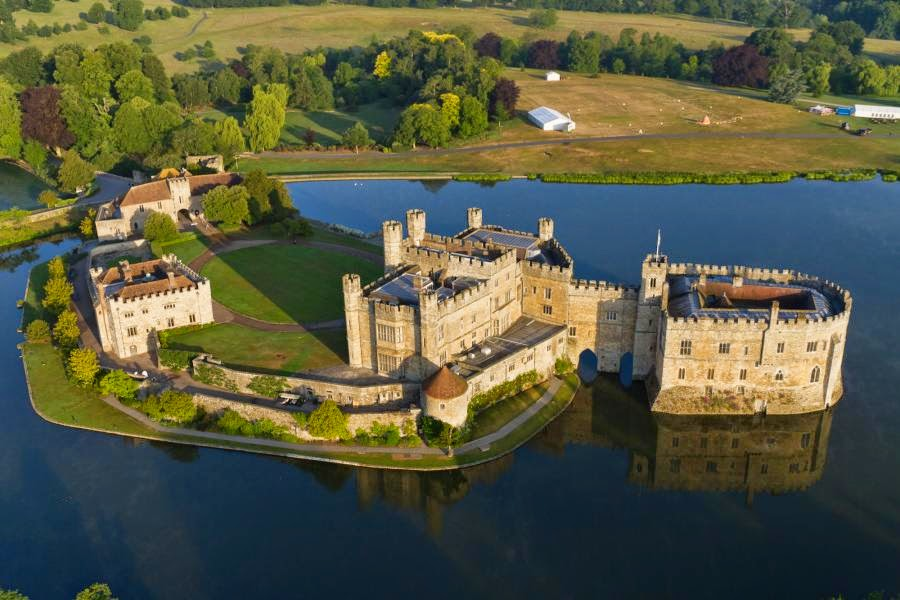 Leeds Castle best to Visit in England Maidstone