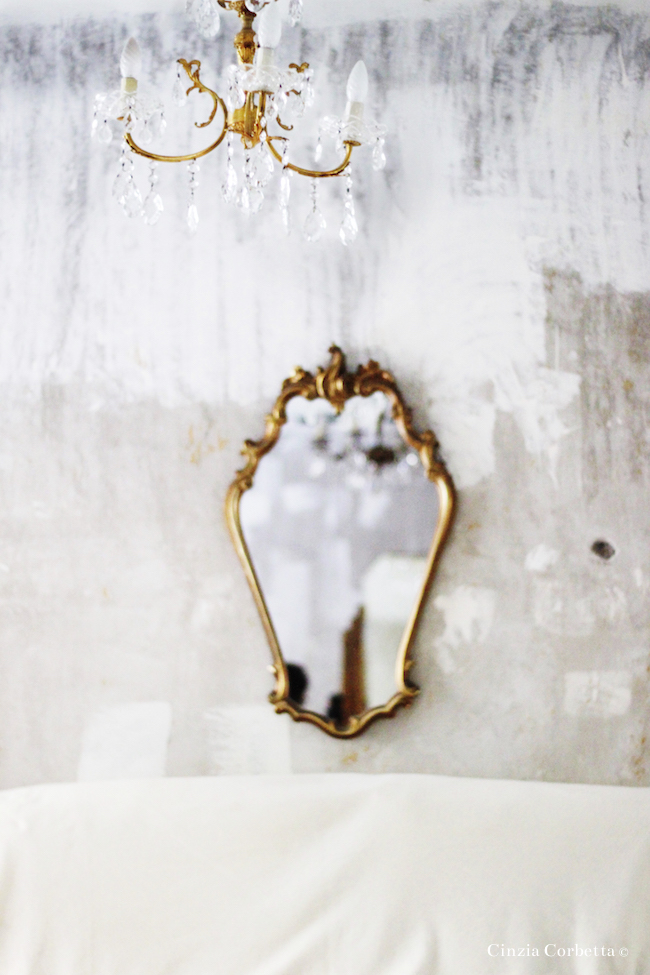 Shabby chic chandelier and mirror