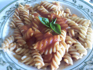 pasta con pomodoro fresco e basilico