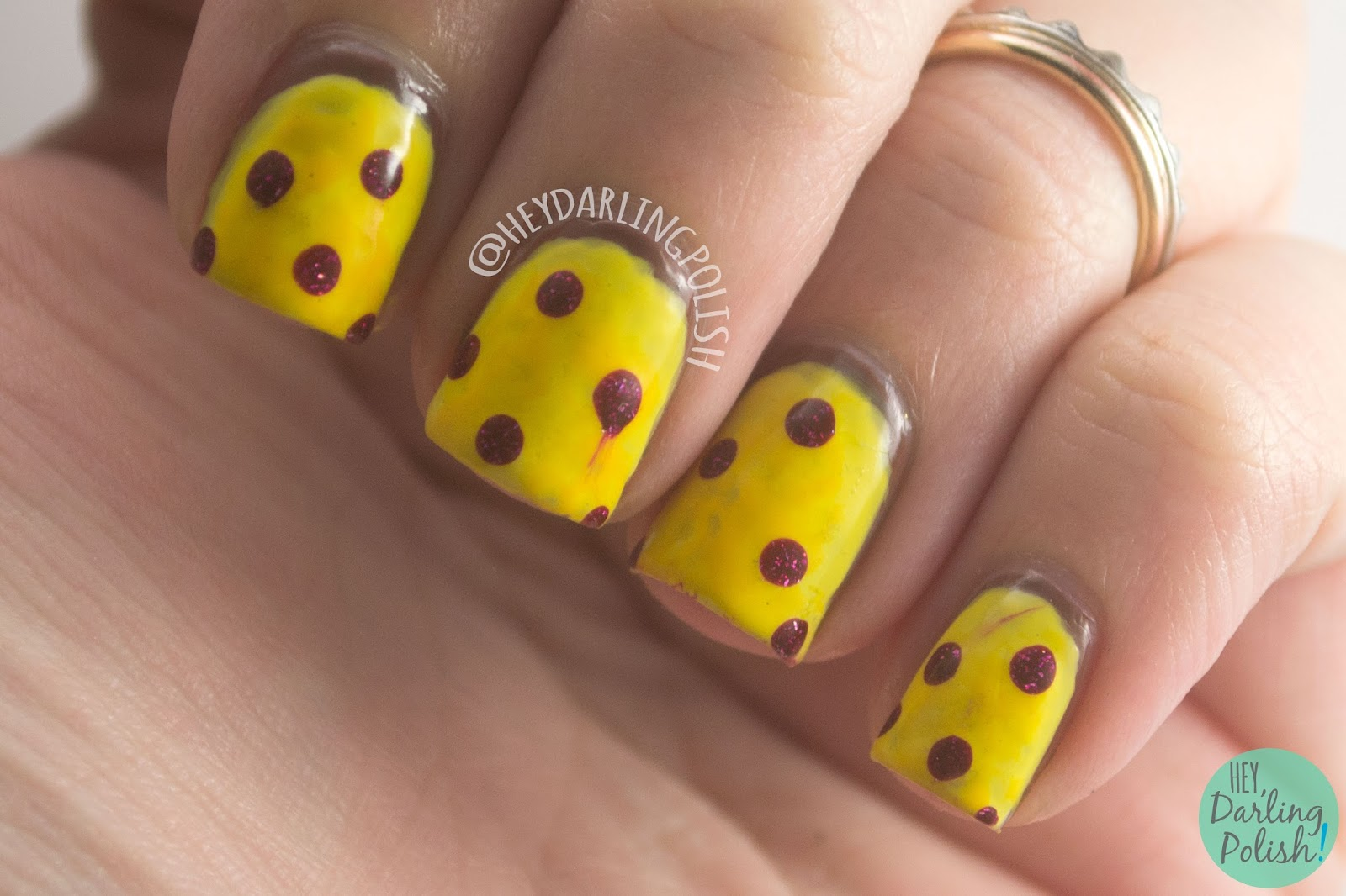 nails, nail art, nail polish, yellow, red, pepperoni, pizza, pepperoni pizza, hey darling polish, lacquer legion, llyummy