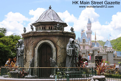 [Hong Kong Disneyland] Halloween Choose your Dark Side 2012 Hkmsg_twams44_01