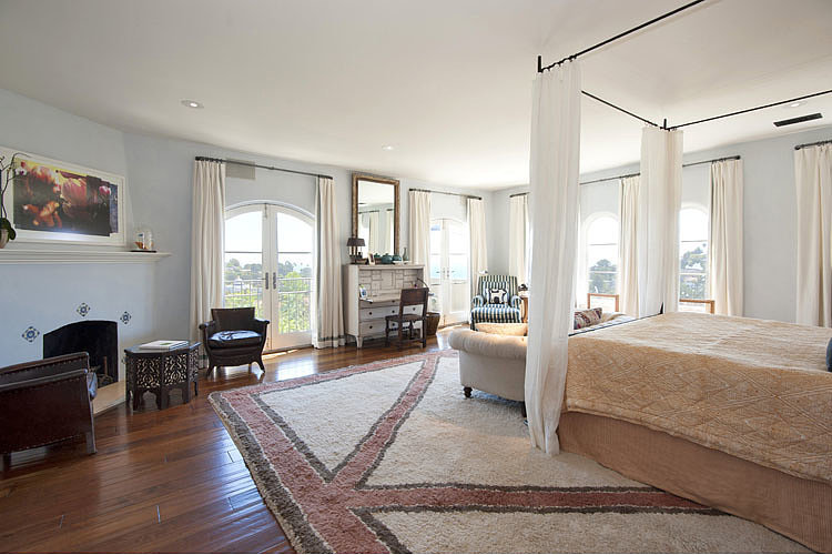 Картинки по запросу hilary swank house celebrity bedrooms The Most Cute Celebrity Bedrooms Hilary Swank