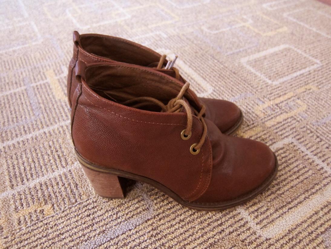 chrissstttiiine shoes for sale jeffrey campbell boxxy. Black Bedroom Furniture Sets. Home Design Ideas