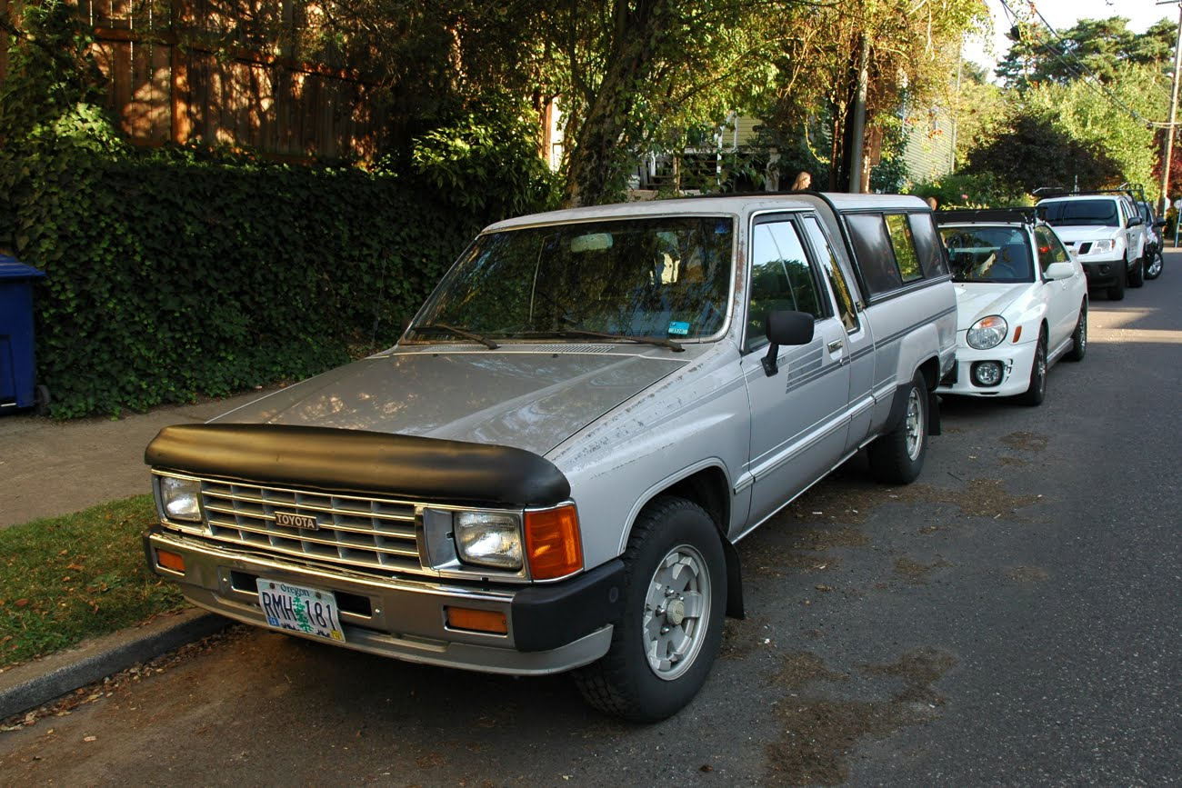 old parked cars 1986 toyota turbo xtracab sr5 pickup