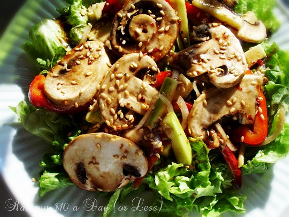 Raw on 10 a day or less raw food recipes marinated mushroom salad raw food recipes marinated mushroom salad forumfinder Images