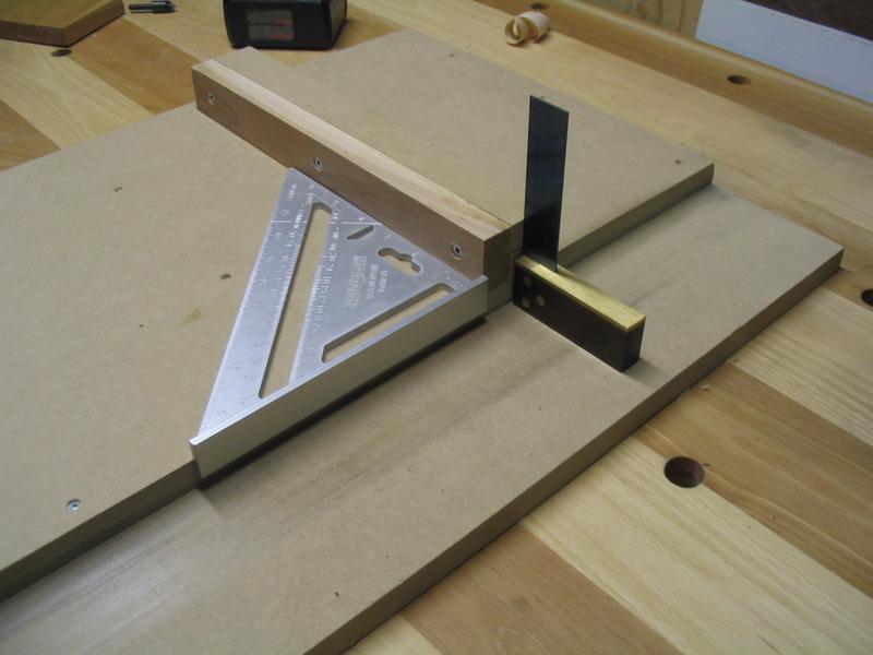 une r alisation de tomy b dard planche. Black Bedroom Furniture Sets. Home Design Ideas