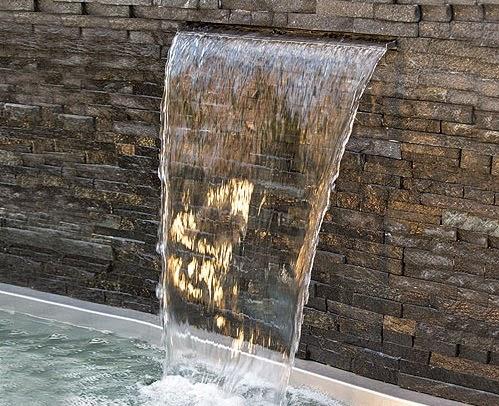 Acuarios leuka cascadas para estanque cascadas de acero for Cascadas de estanques