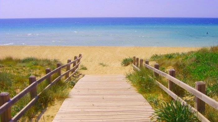 Matrimonio Spiaggia Puglia : Biancoconfetto wedding planner matrimonio in spiaggia