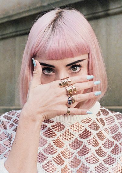 Pink bob, lots of rings - Rebel66 Blog