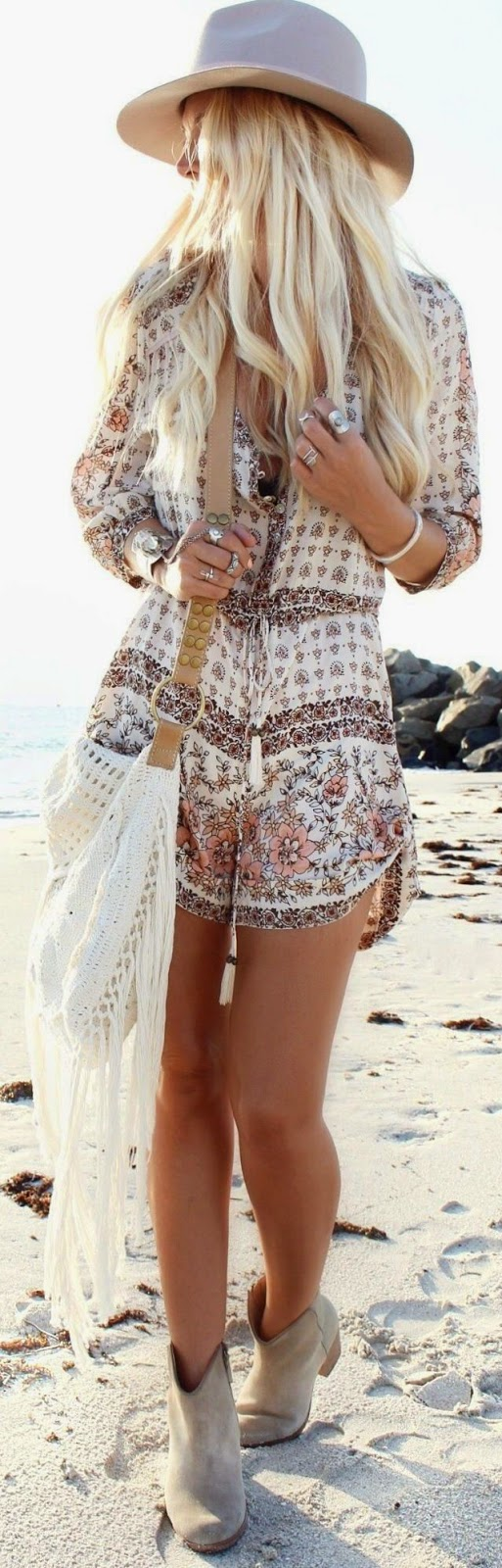Cowboy boots beach outfit