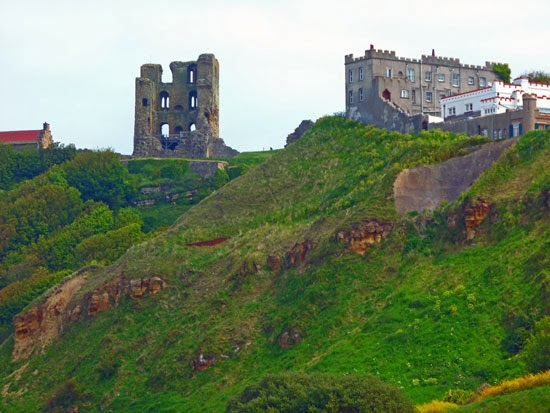 Yorkshire castles, haunted, siege, Scarborough, German bombardment English coast