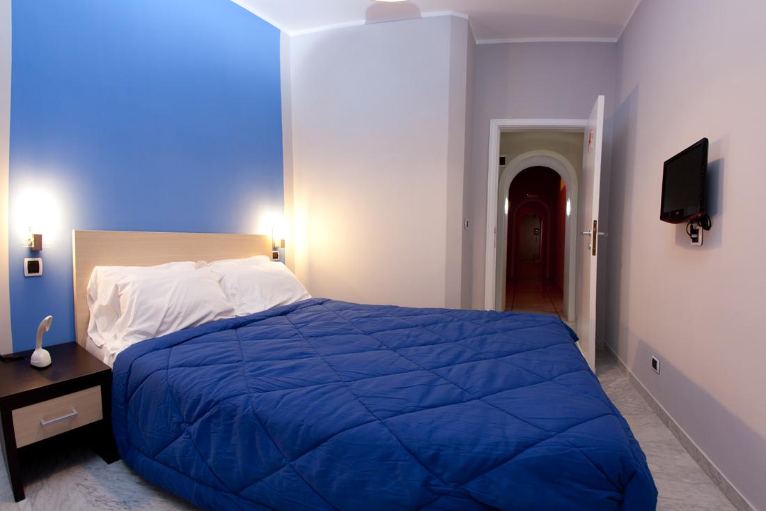 Alessandro esposito h rooms boutique hotel napoli dormire for Dove soggiornare a napoli