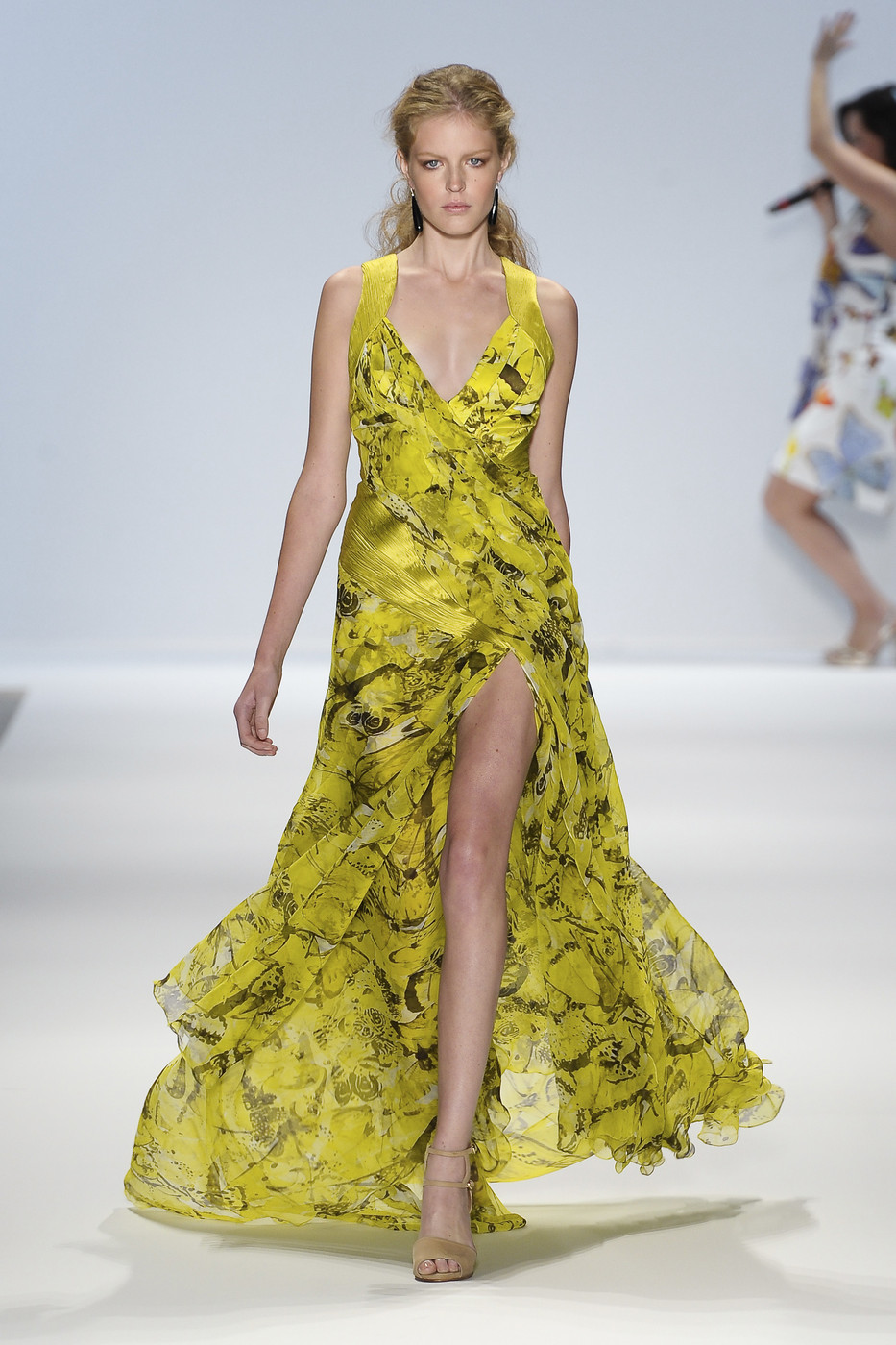 via fashioned by love   Carlos Miele Spring/Summer 2011   floral trend