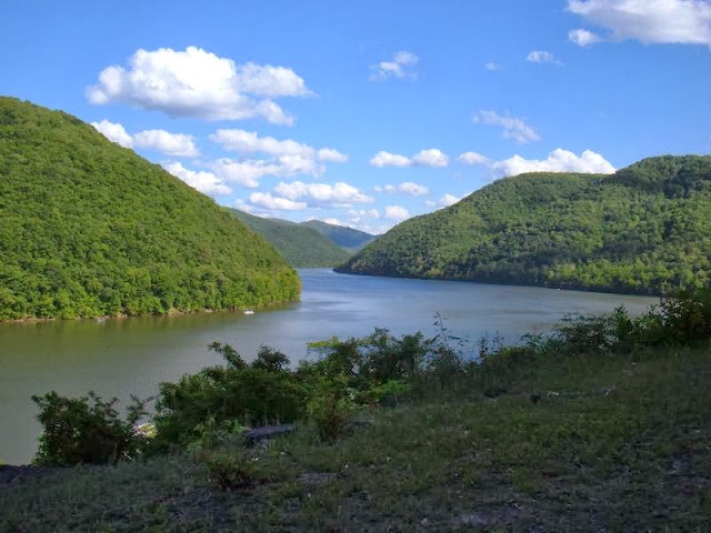 http://www.funmag.org/pictures-mag/nature/mountain-river-photos/