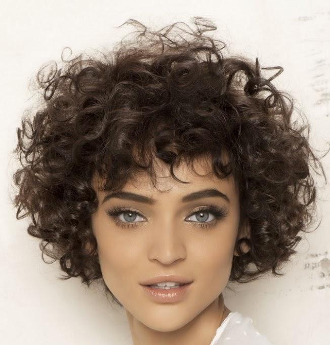 Volume Permanent Kort Haar