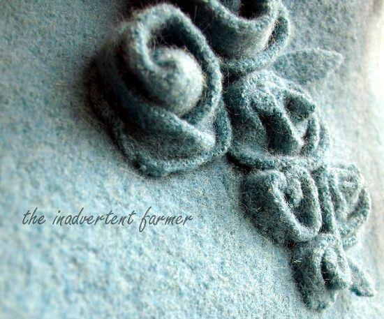 Riciclo Creativo Maglioni infeltriti - Rose di Maglia