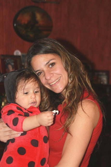 "Nadine and Leila (""Stella"") Xmas 2010"