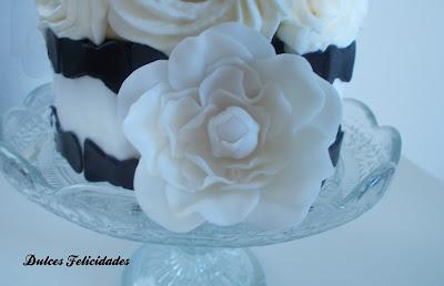 Tarta en blanco y negro