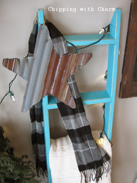 Chipping with Charm: Small Barn Tin Star on Ladder...http://www.chippingwithcharm.blogspot.com/