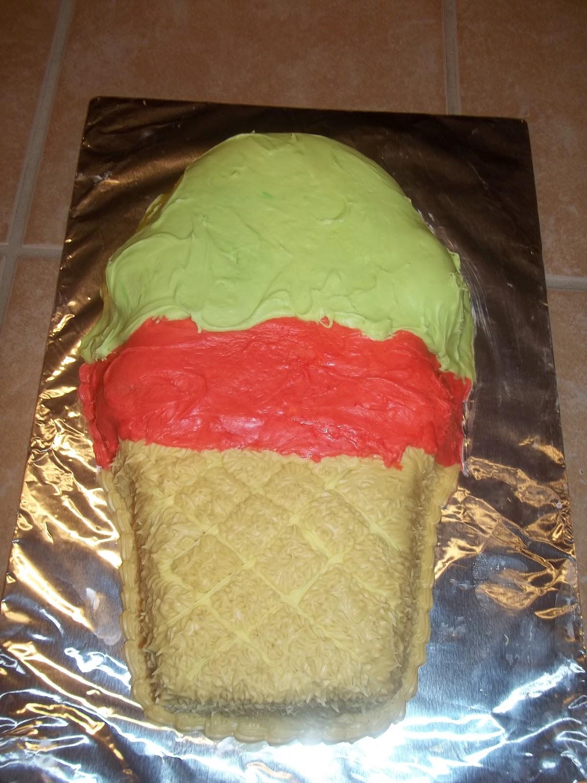Ice Cream Shaped Cake : Amazing Cakes by Ade: Ice cream shaped cake