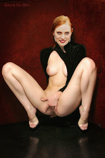 217754151 DAW2013001NFC JulT2 60 123 598lo 0 Deborah Ann Woll Nude Possing her Boobs & Fingering in Pussy Fake