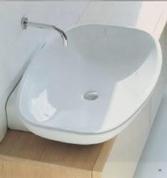 Una soluzione per il bagno stretto e lungo - Mobile bagno stretto ...