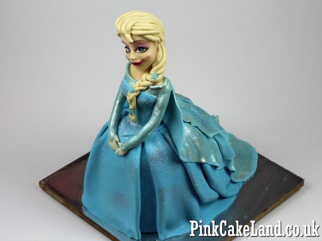 Frozen Anna 3D Birthday Cake