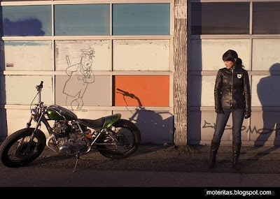 motos-chicas-bobber-custom-wallpaper