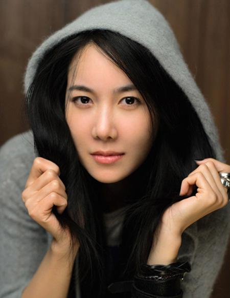 2012 foto lee ji ah wanita misterius dari korea