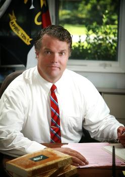 Duke libertarian professor Michael Munger